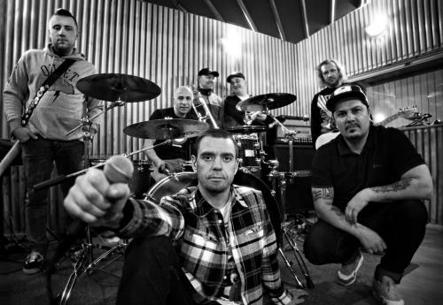 """Группа """"Ляпис Трубецкой"""" признана лучшей рок-группой России 2011 года"""
