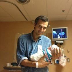 Новорожденная Клавдия с папой