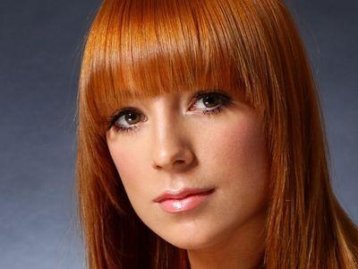 Алиса Тарабарова теперь сольная певица
